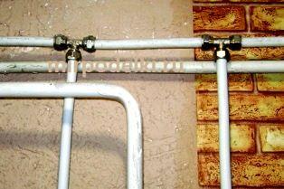 Водопровод из металлопластиковых труб своими руками фото